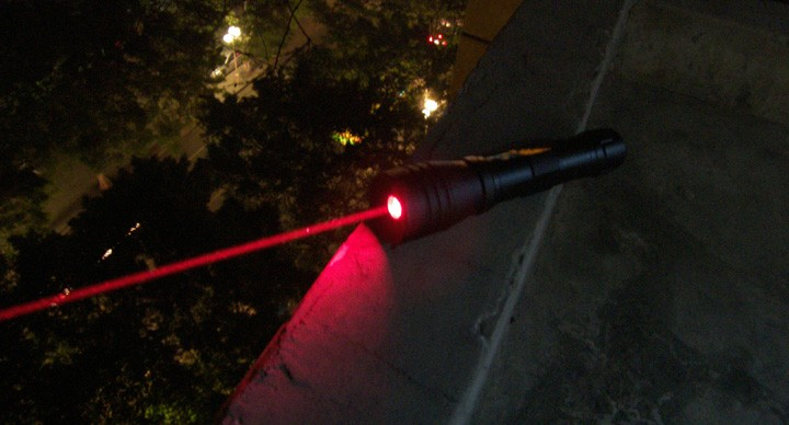 100mW High power Red laser pointer Water-proof