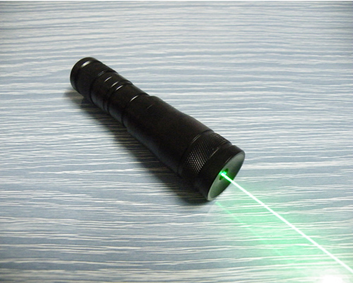 100mw~200mw 532nm Green laser pointer Water-proof
