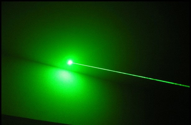 100mw~300mw Portable green laser with safety key Focusable
