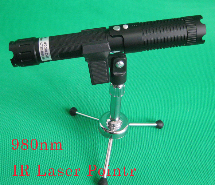 980nnm 1500mw 2000mw IR laser pointer Protable laser